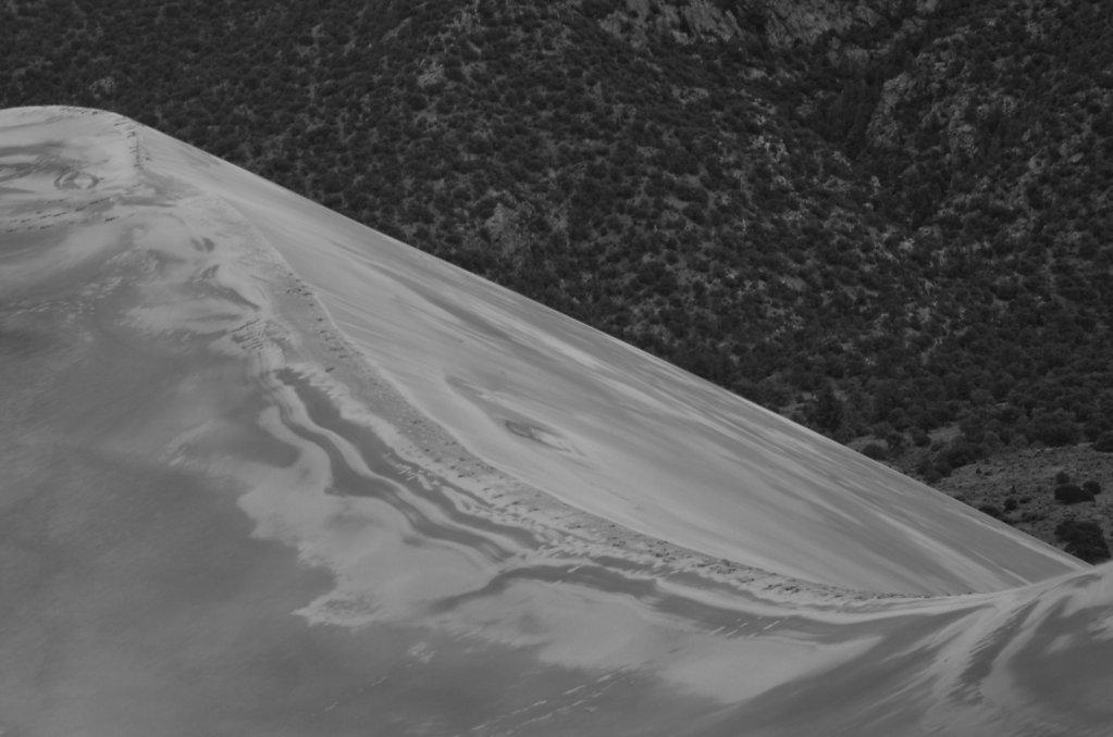 dunes vs. mountains
